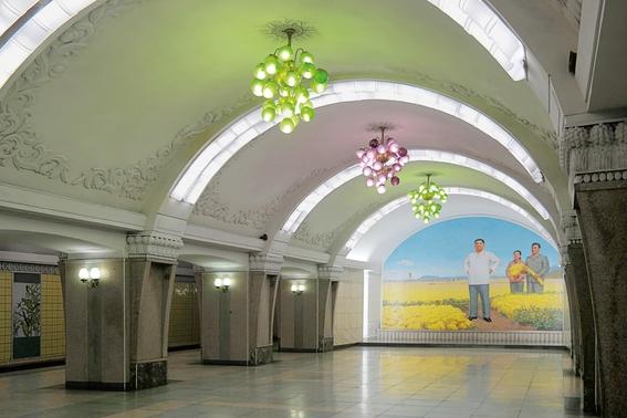 fotografias del metro de pyongyang corea del norte 2