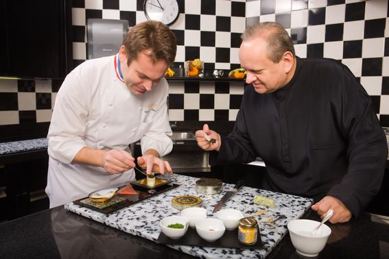 muere joël robuchon considerado el mejor cocinero del siglo 1