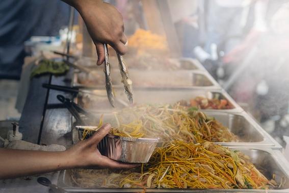 enfermedades por comer en la calle que puedes contraer 8
