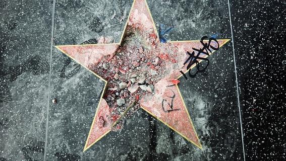 donald trump estrella del paseo de la fama 1