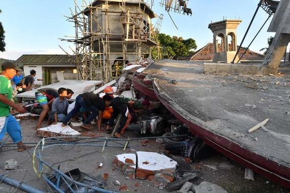 terremoto indonesia 10