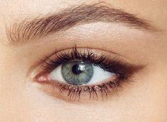 como delinear ojos pequenos 8