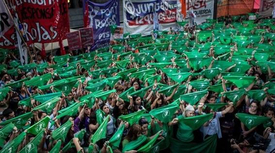 senado de argentina rechaza legalizacion del aborto 2