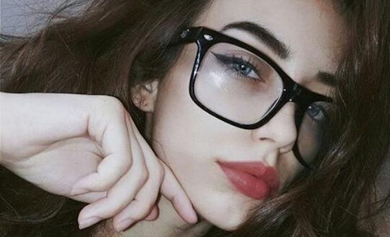 maquillaje para chicas con lentes 5