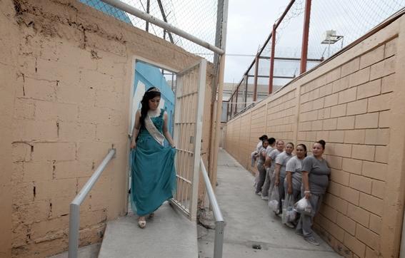 concursos de belleza en una prision mexicana 5