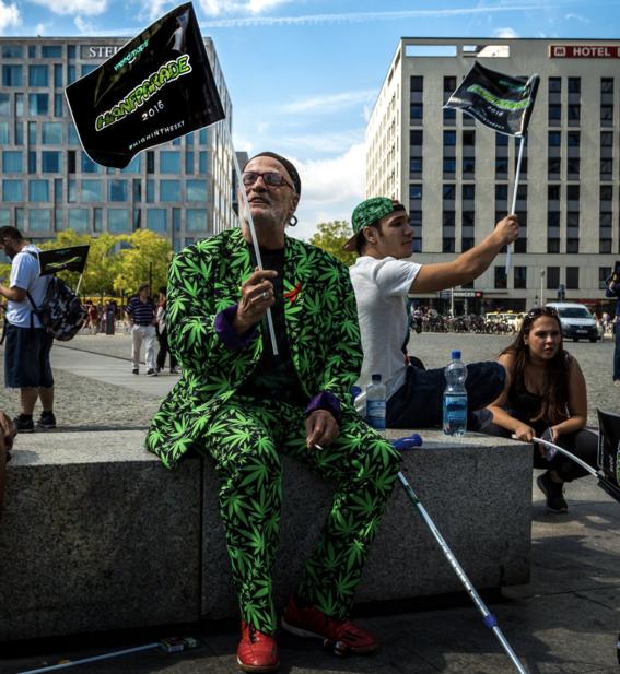 marchan legalizacion de la marihuana en alemania 3