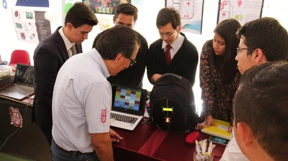 alumnos del ipn crean moint mochila inteligente 1