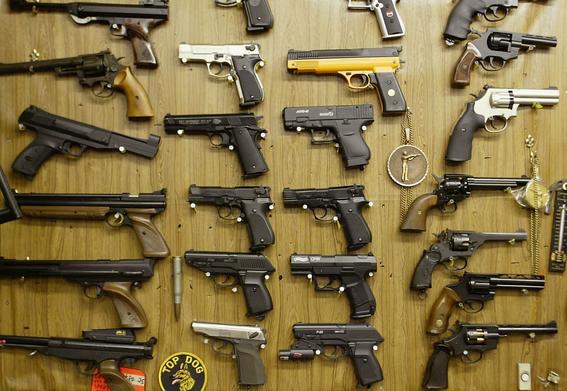 canada busca regular venta de armas 2