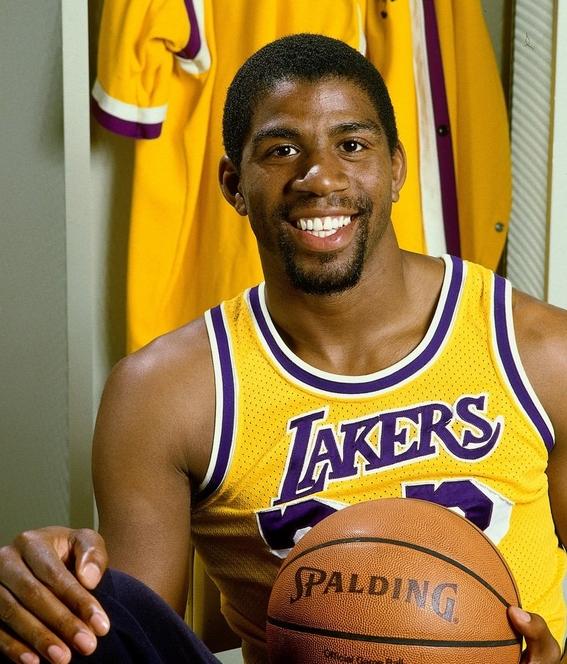 magic johnson el basquetbolista que dieron muerto por sida 1
