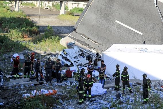derrumbe del puente morandi en italia 7