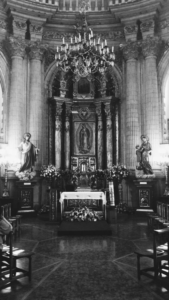 la mujer de la vela el fantasma de la basilica de guadalupe 2