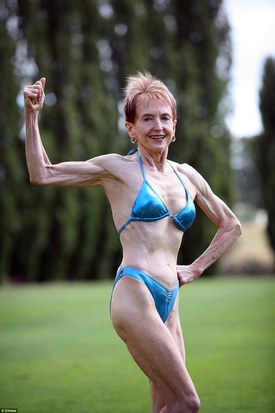 abuela fisicoculturista que sigue dieta desnuda 1