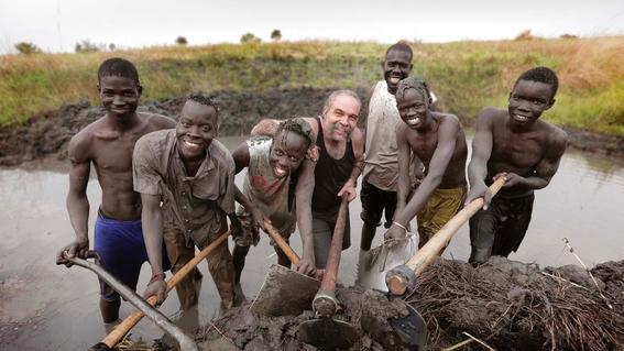 exnarcotraficante que salva a ninos en sudan 1