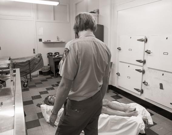 fotos de lo que ocurre en una morgue 10