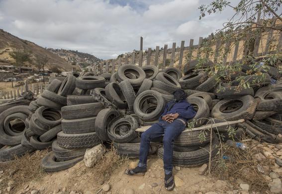 fotos de los haitianos en tijuana 9