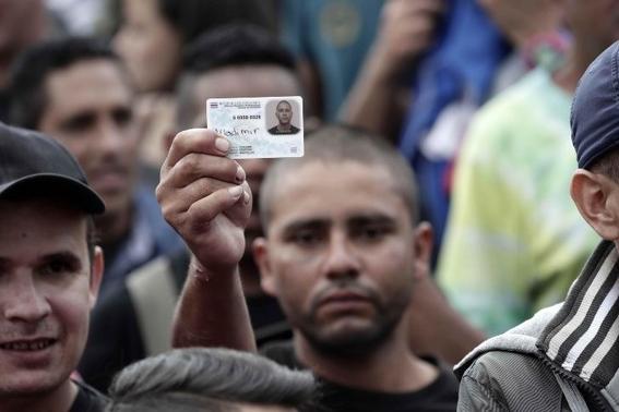 manifestacion con simbolos nazis en costa rica contra migrantes nicaragüenses 1