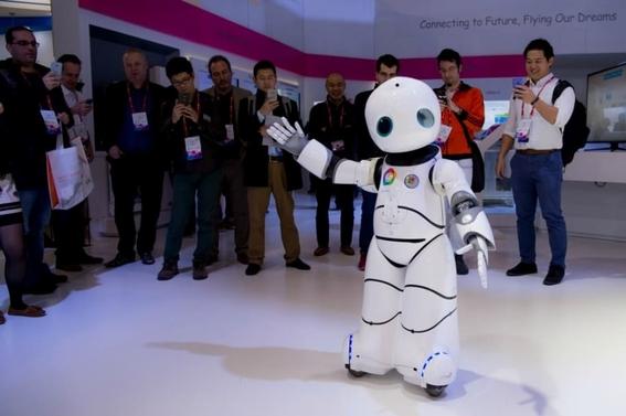 china presenta a robots medicos 2
