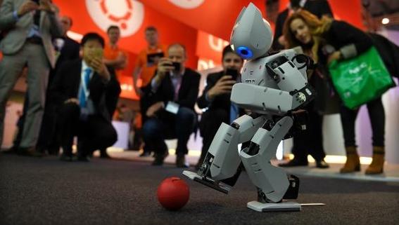 china presenta a robots medicos 3