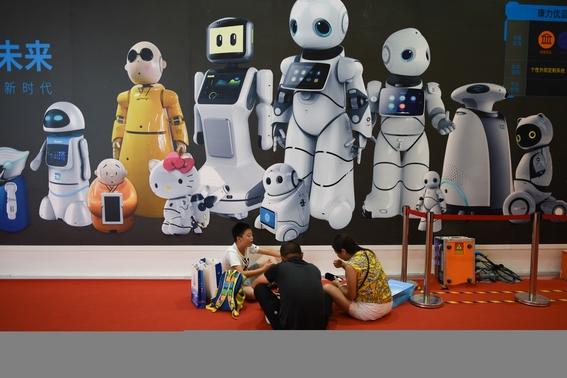china presenta a robots medicos 1