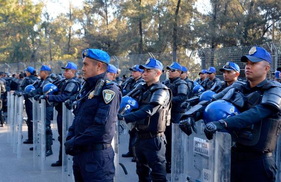 vendedor merengues llora porque policia tira su mercancia cdmx 1