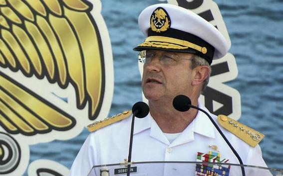 amlo se reune con el secretario de marina francisco soberon 1