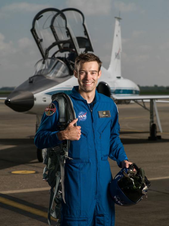 renuncia astronauta de la nasa en cincuenta anos 3