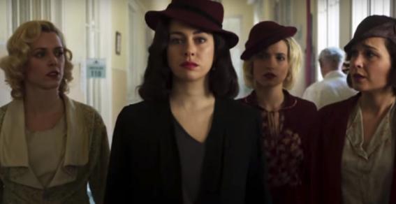 teorias sobre la tercera temporada de las chicas del cable 4