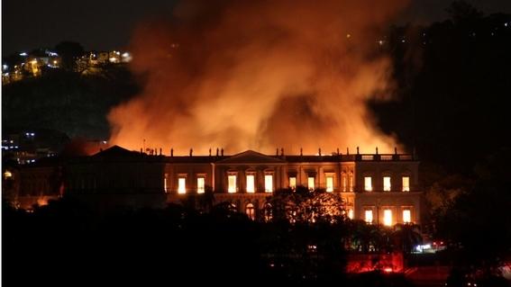 incendio consume el museo nacional de brasil 1