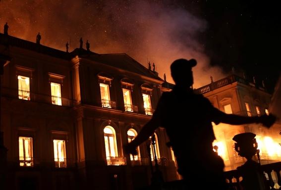incendio consume el museo nacional de brasil 5