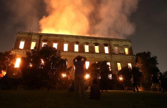 incendio consume el museo nacional de brasil 6