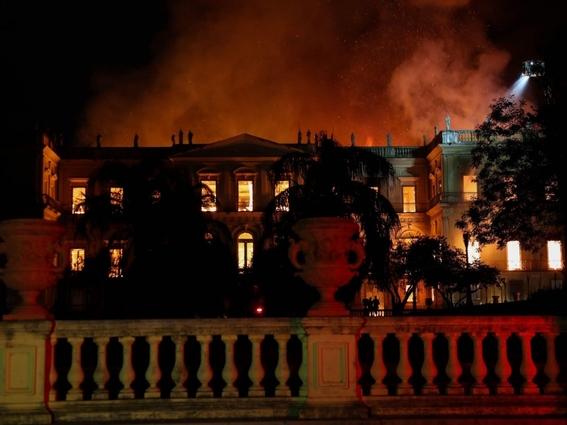 reaccion de autoridades mexicanas al incendio del museo nacional de brasil 1