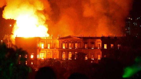 reaccion de autoridades mexicanas al incendio del museo nacional de brasil 2