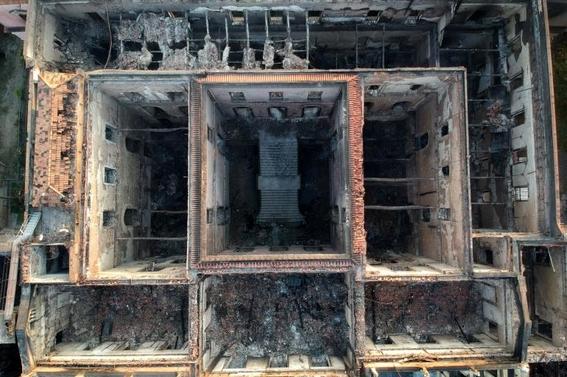 que se salvo tras el incendio del museo nacional de brasil 3