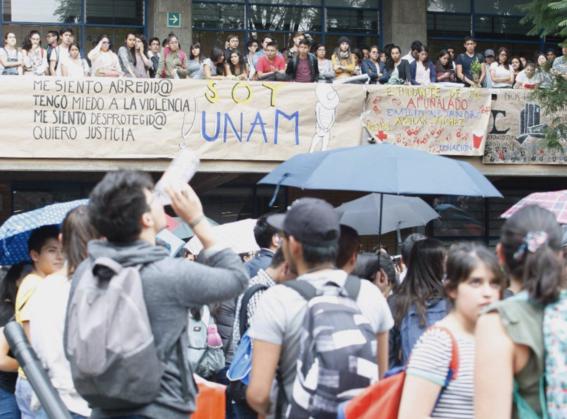 miles de estudiantes unam ipn marchan contra porros 2