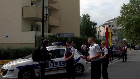 siete personas heridas por ataque con cuchillo en paris 1