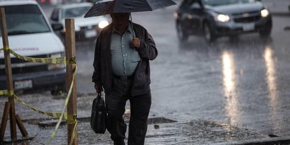 lunes seguiran las fuertes lluvias en el pais 1