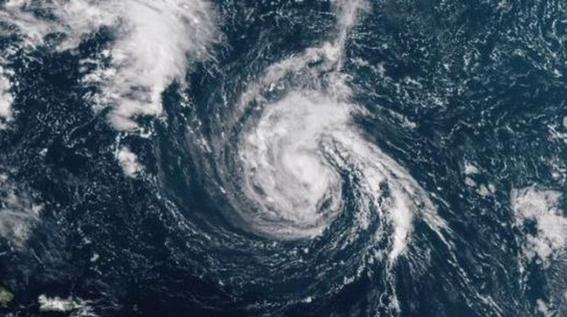 huracan florence alcanza categoria cuatro 1
