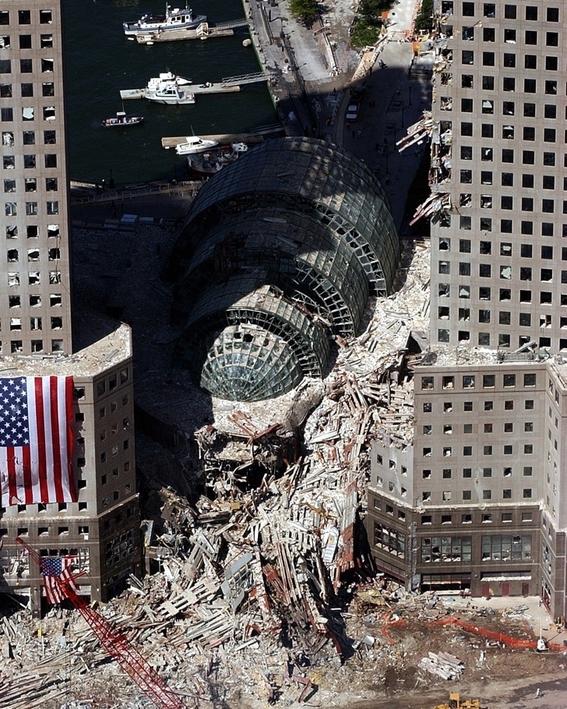 videos e imagenes del atentado terrorista del 11s 5