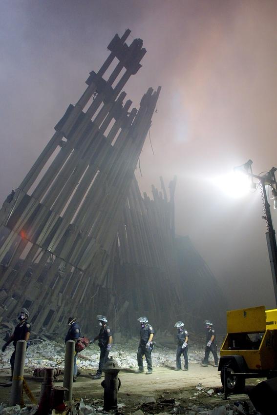 siguen identificando restos de las victimas de las torres gemelas 3