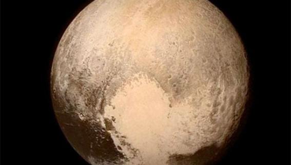 cientificos argumentan que pluton si es planeta 3