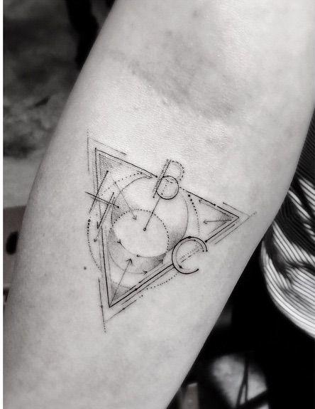 Tatuajes Geométricos Cuál Es Su Significado Diseño Diseño