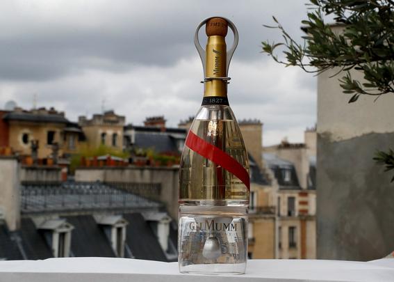 botella de champan mumm grand cordon stellar 5