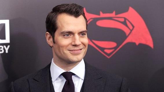 henry cavill deja superman 5