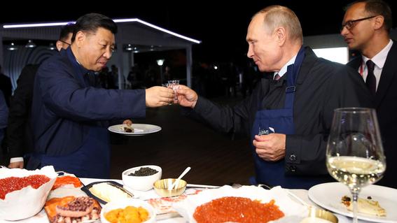 vladimir putin y xi jinping hacen pancakes 2
