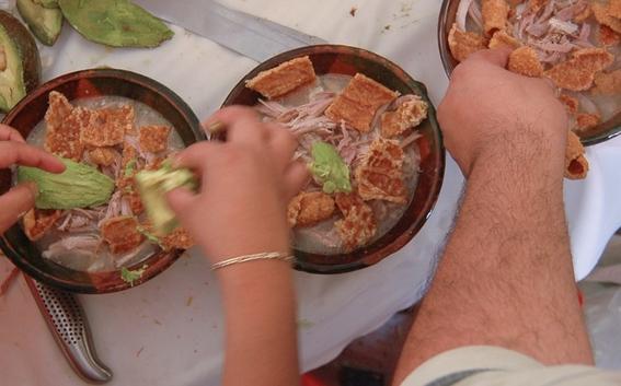 mexicanos suben de peso en fiestas patrias 2