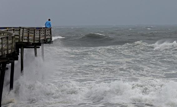 huracan florence llega costa este estados unidos 2