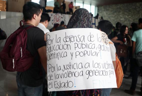 estudiantes enah manifiestan en museo de antropologia 1