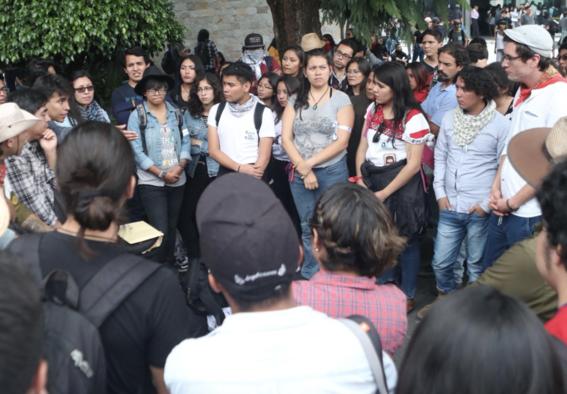 estudiantes enah manifiestan en museo de antropologia 2