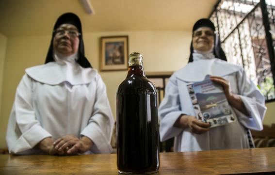 monjas mexicanas salvan al primo del ajolote achoque 3