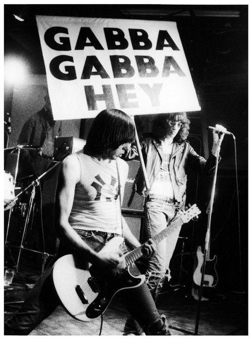 fotografias de johnny ramone el icono del punk rock 14